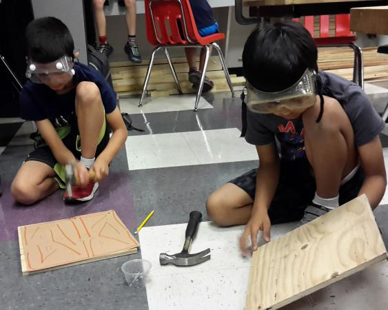 Science summer camps - carpentry